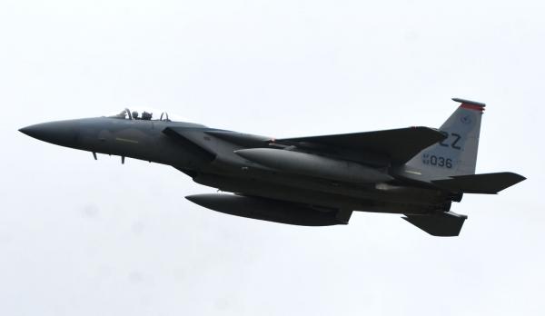 F15c190916g874