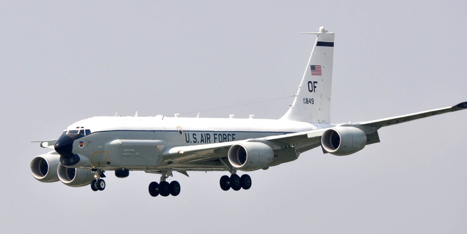 C135100830f128
