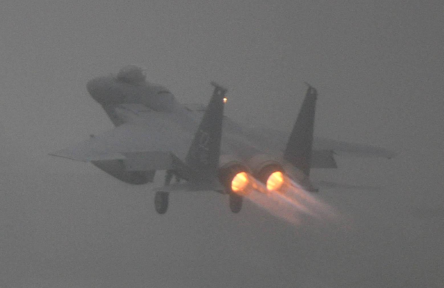 F15c120720011