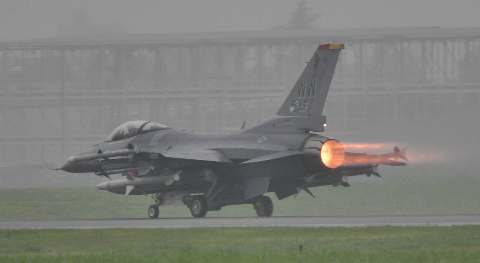 F16cj120720g086