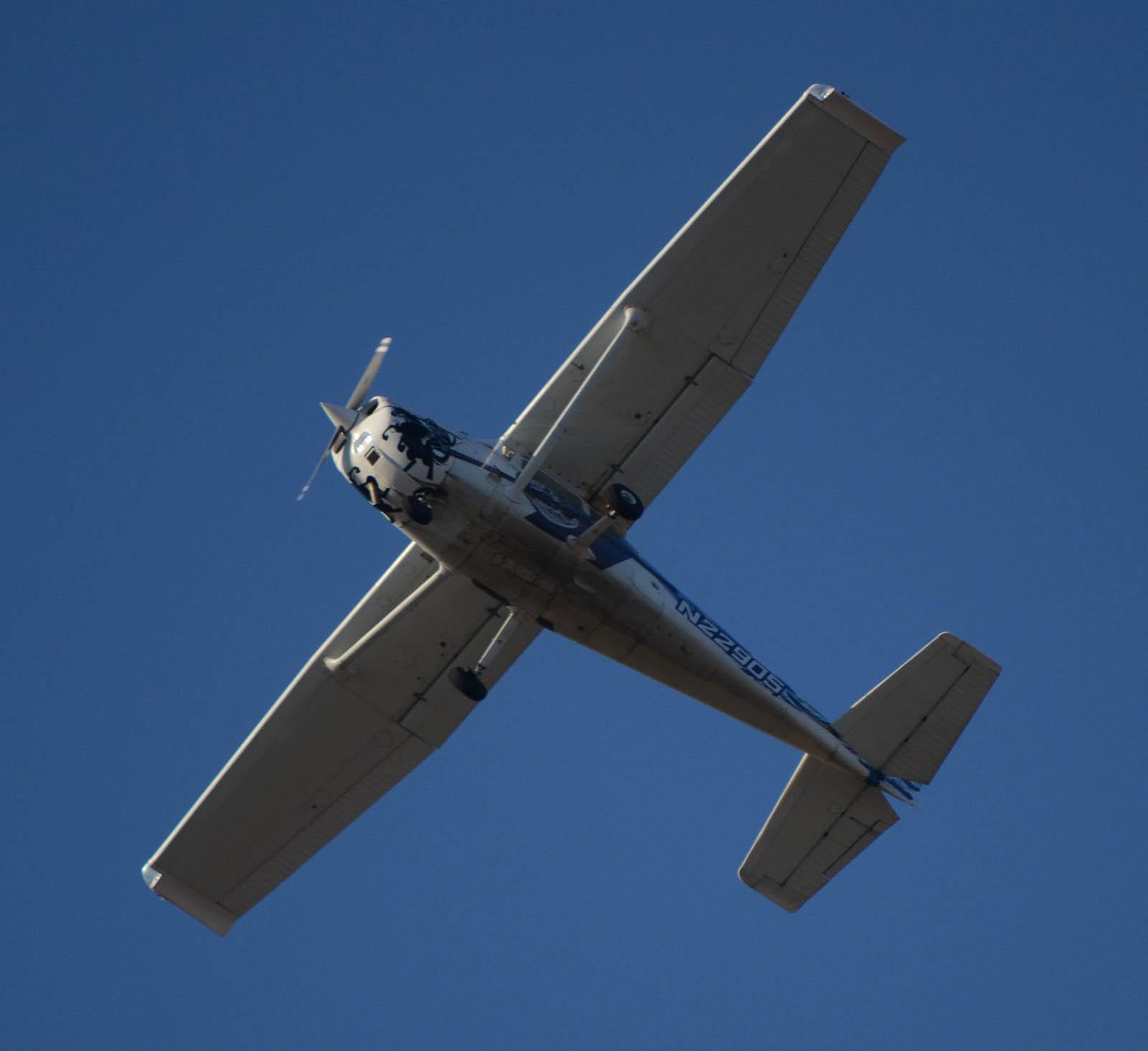 Cessna1301119g856