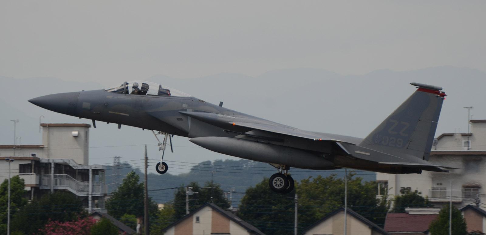 F15c140905g978