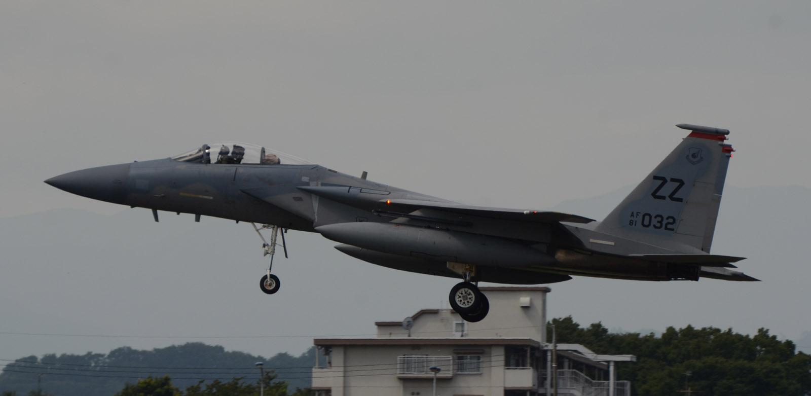 F15c140905g990