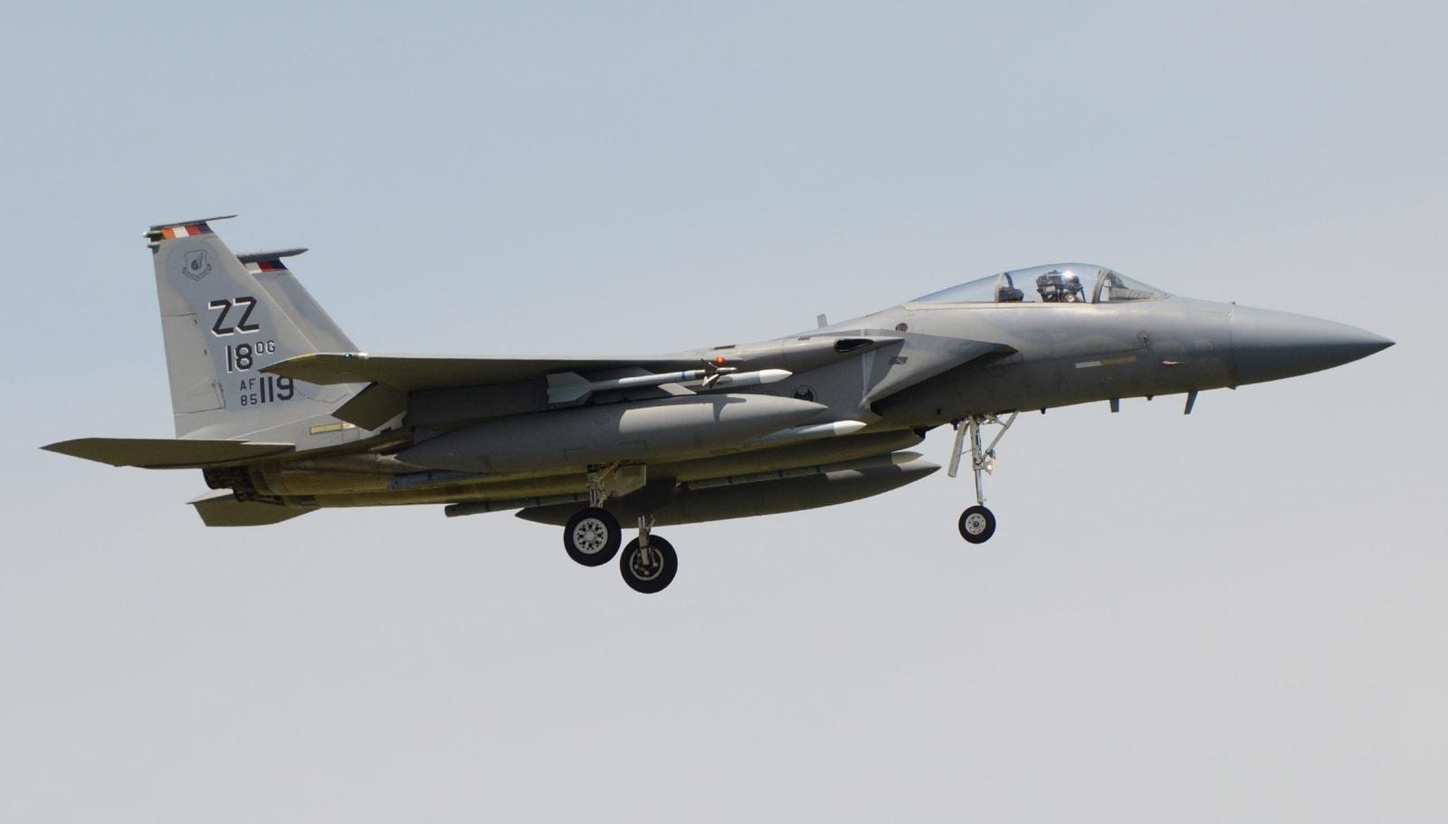 F15c150604g656