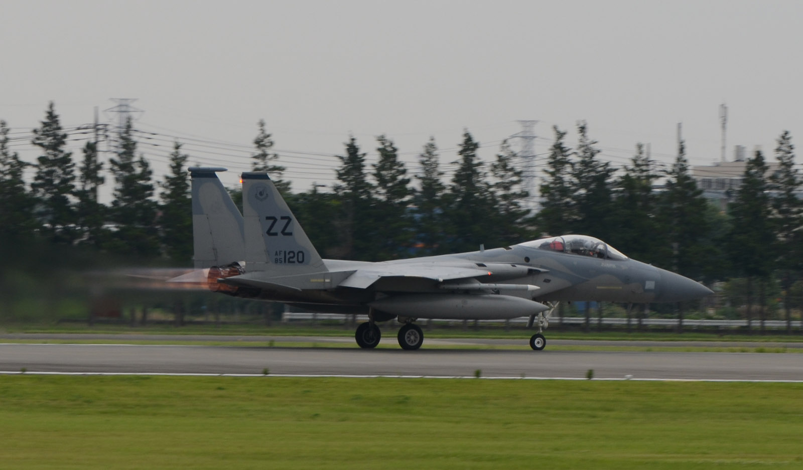 F15c150630g048