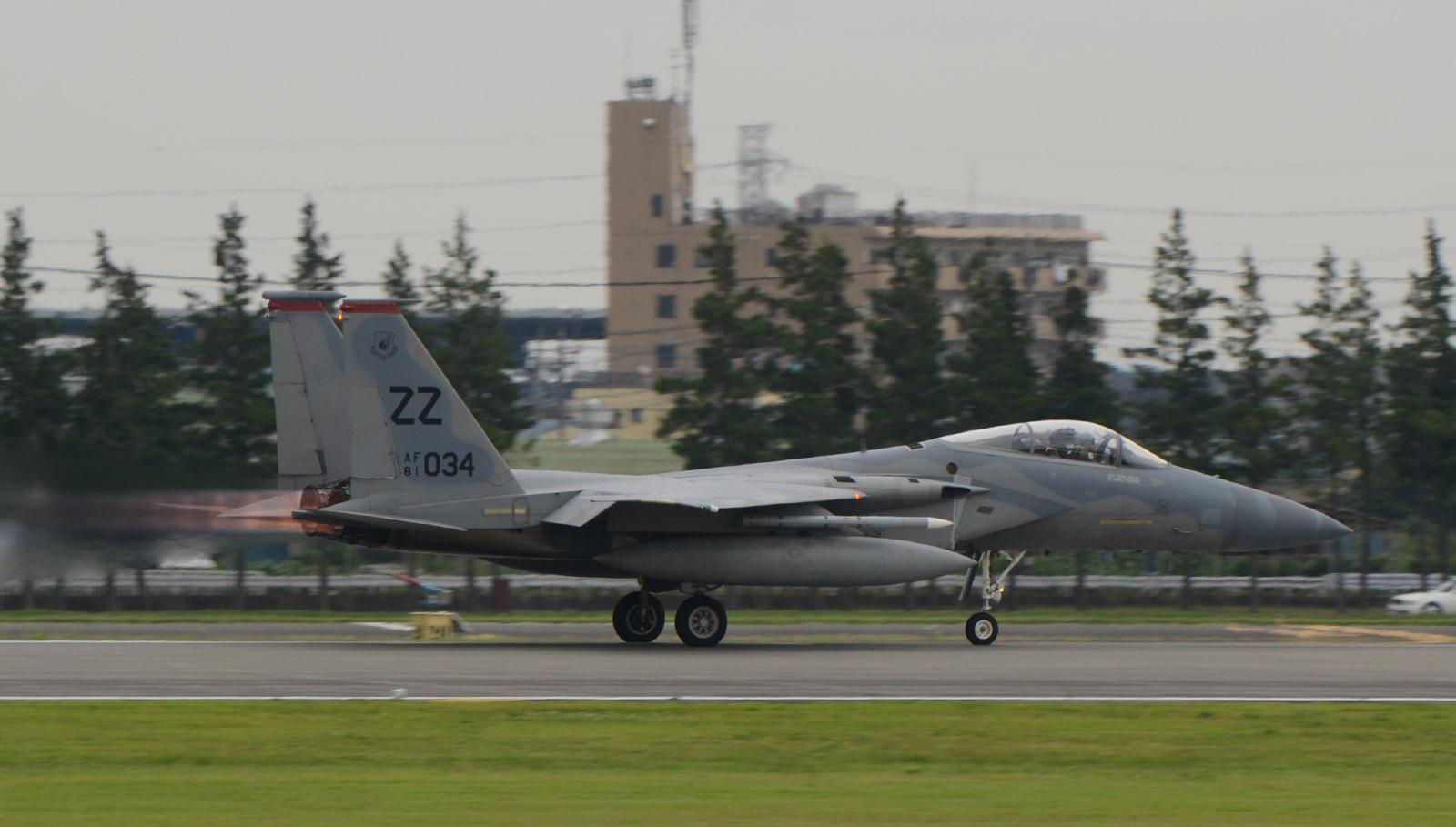 F15c150630g176