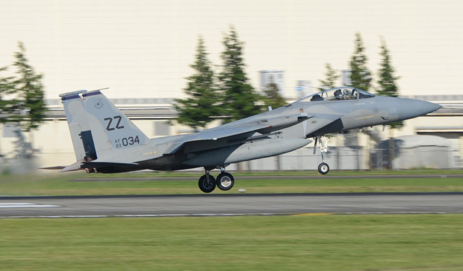 F15c150715g580
