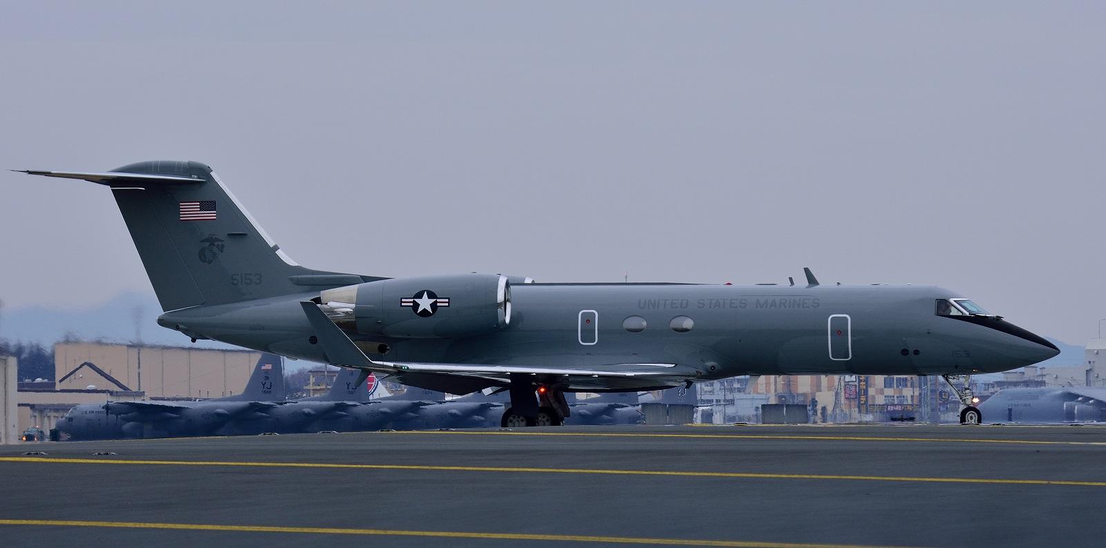 1月17日 KC-10A , C-20G