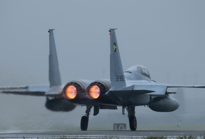F15j160919g672