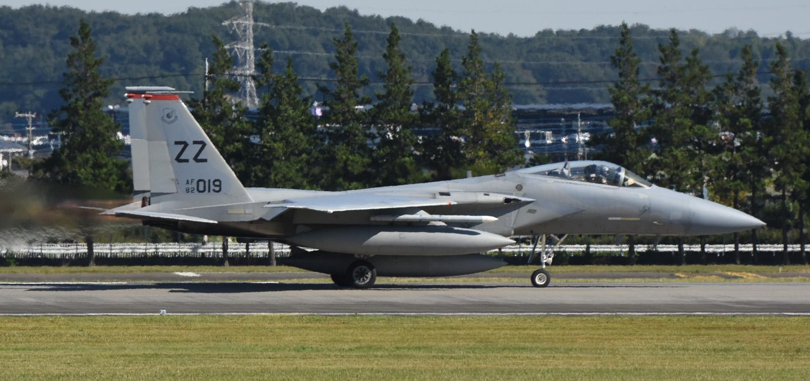 F15c161026g652