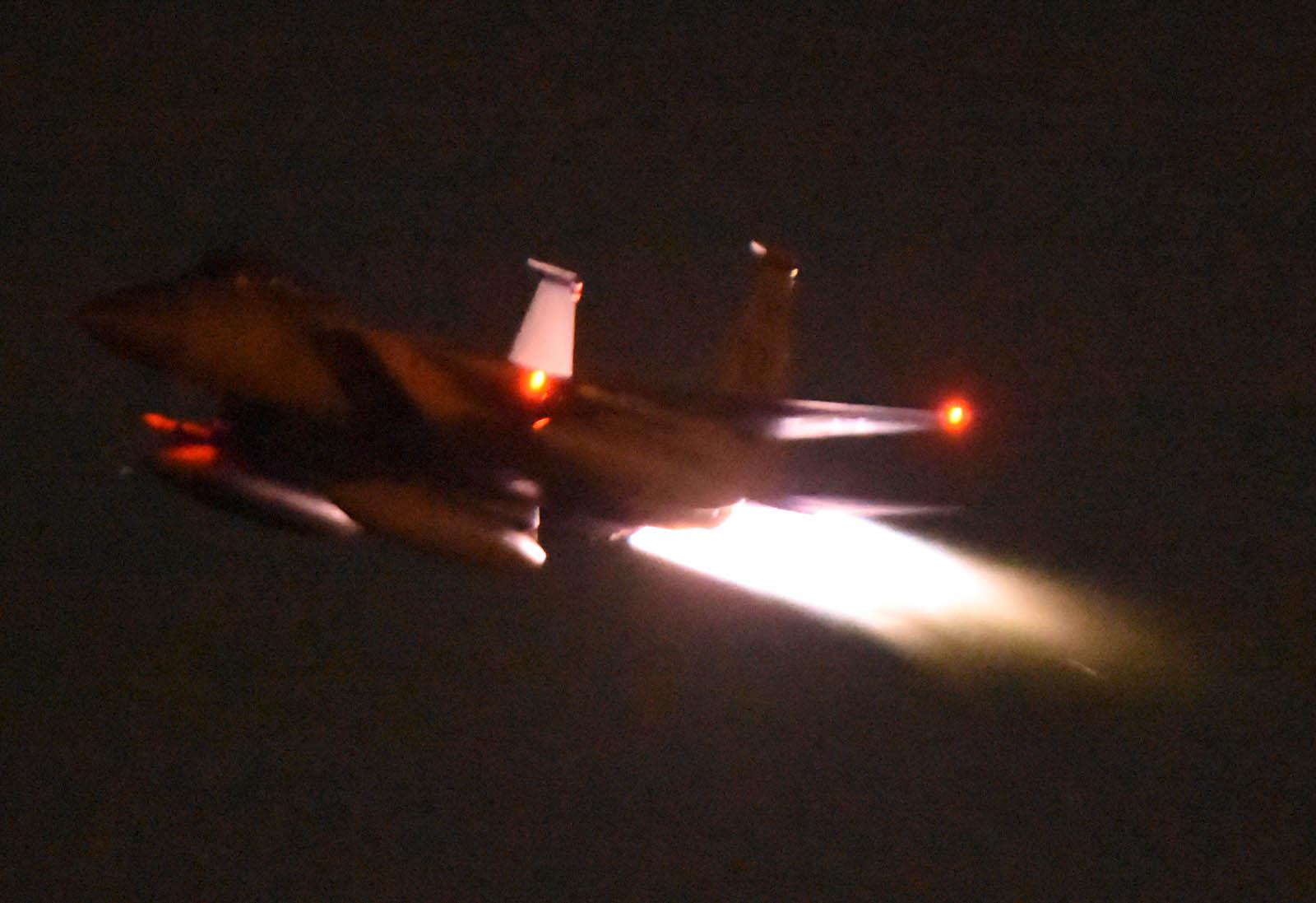 F15c161027g275