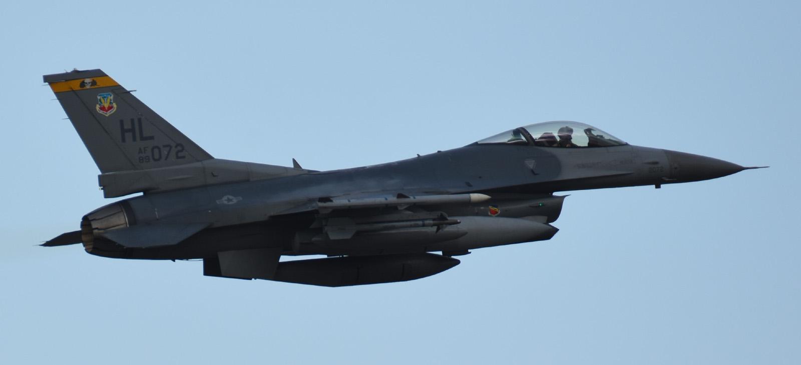 F16cm170604g315