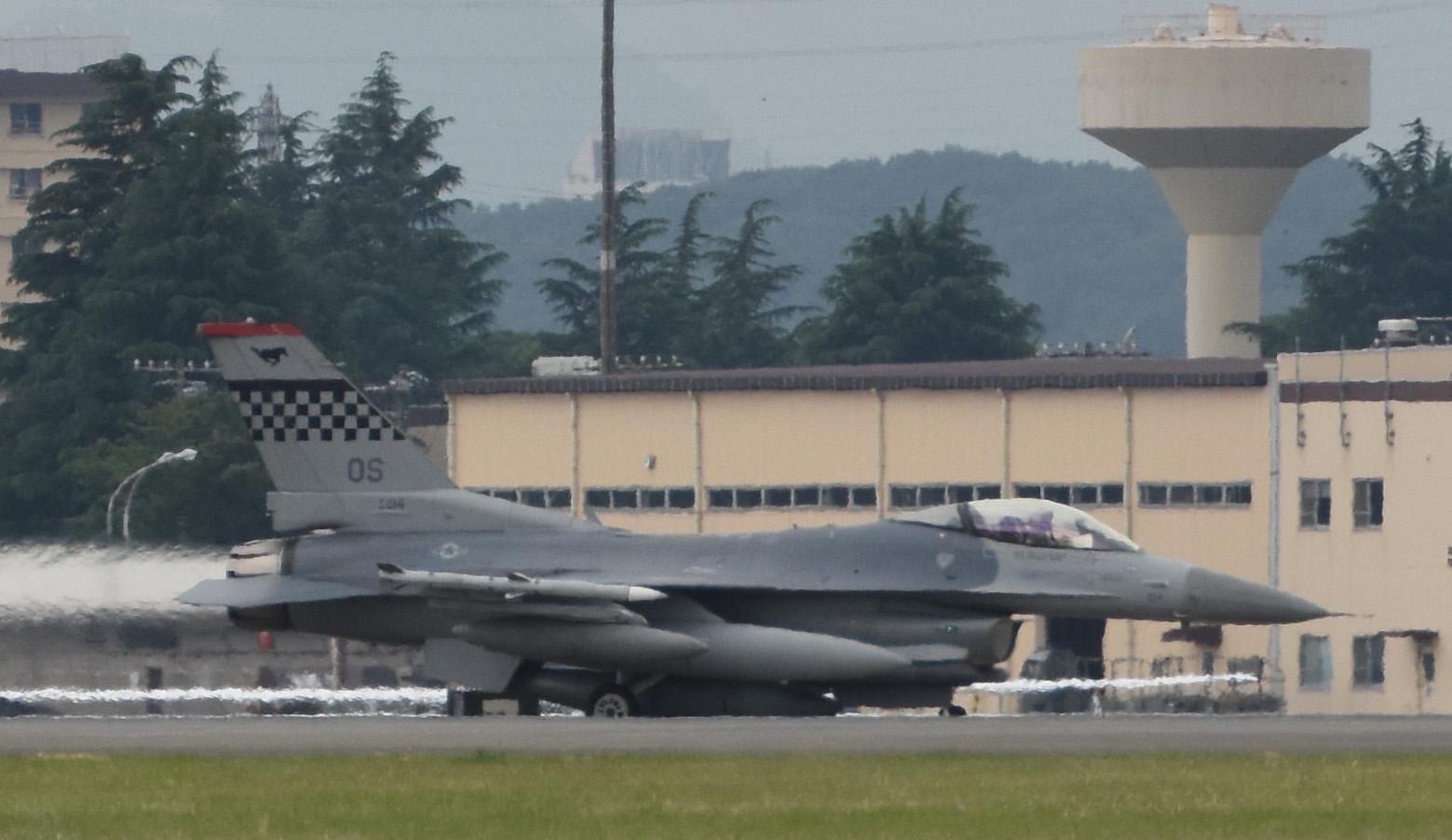 F16cm170606g828