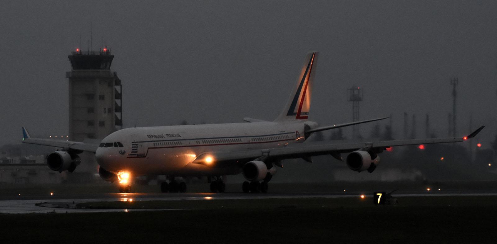 A340170801g770
