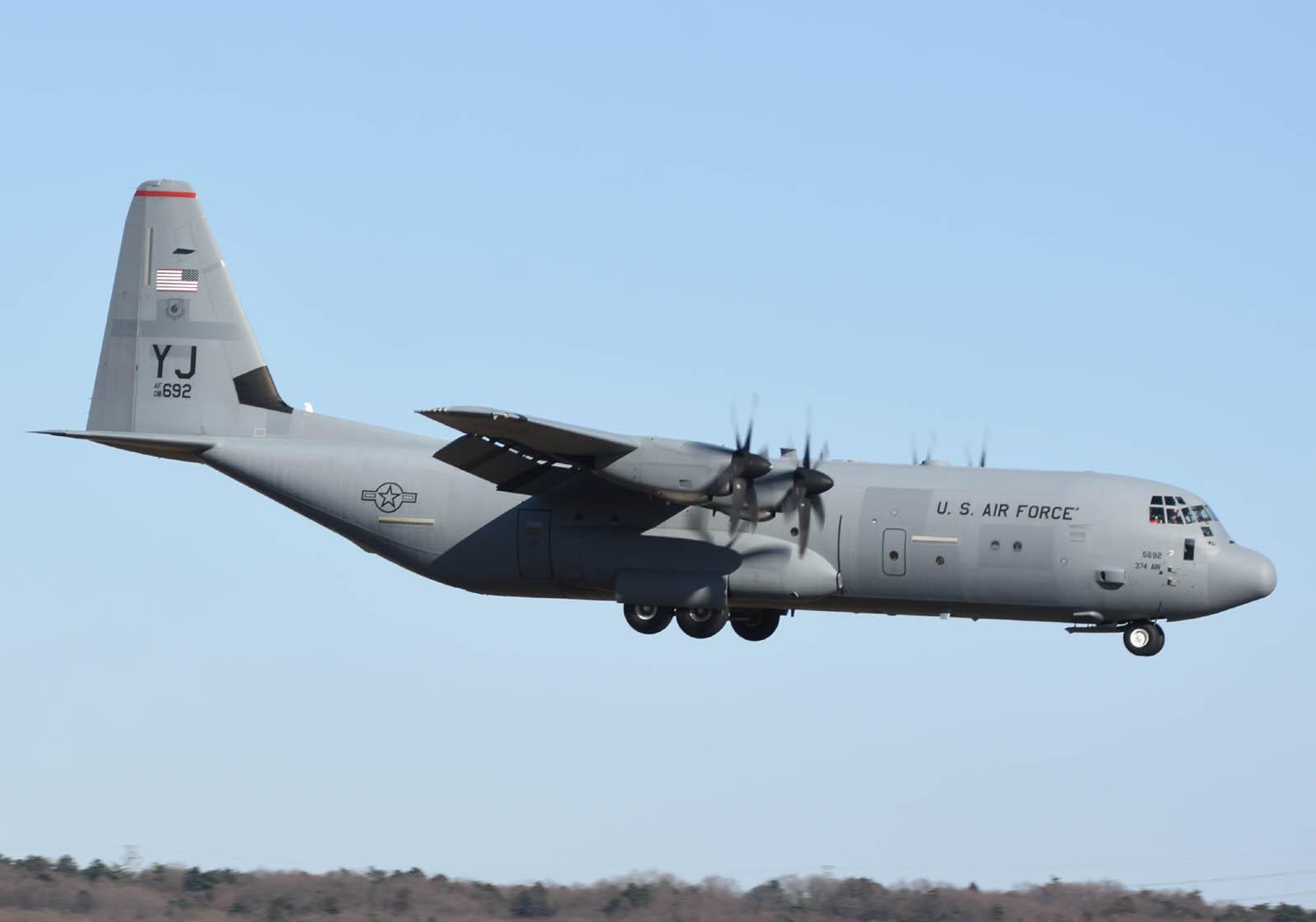 Fwd: 1月10日 C-17A , C-130J-30
