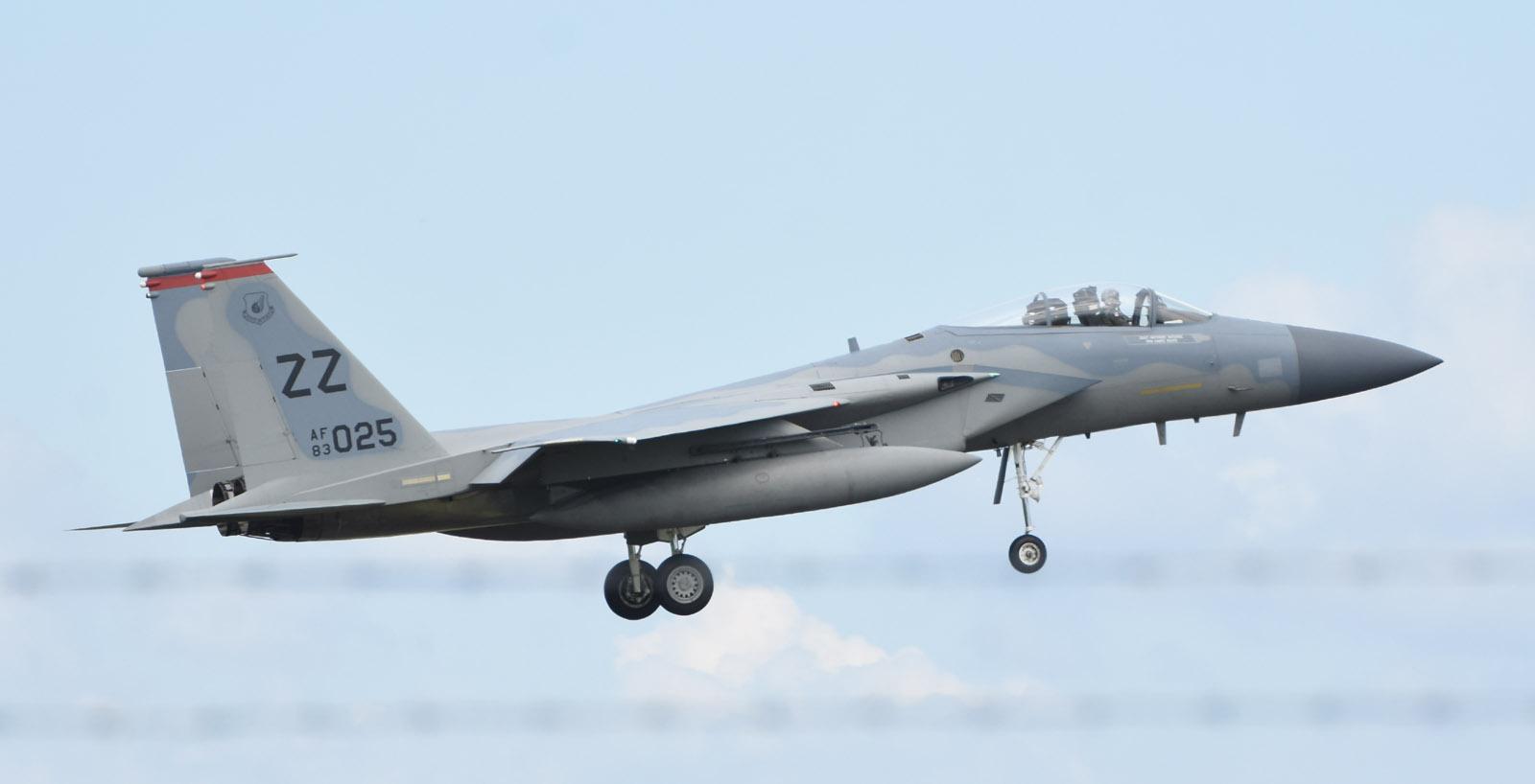F15c180708g079