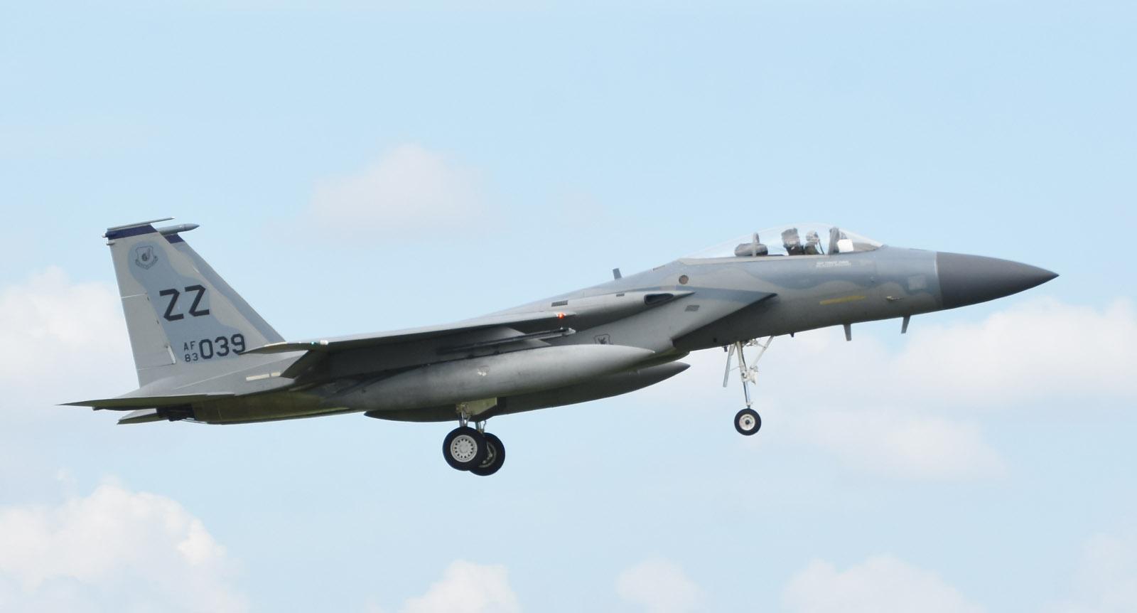 F15c180708g093
