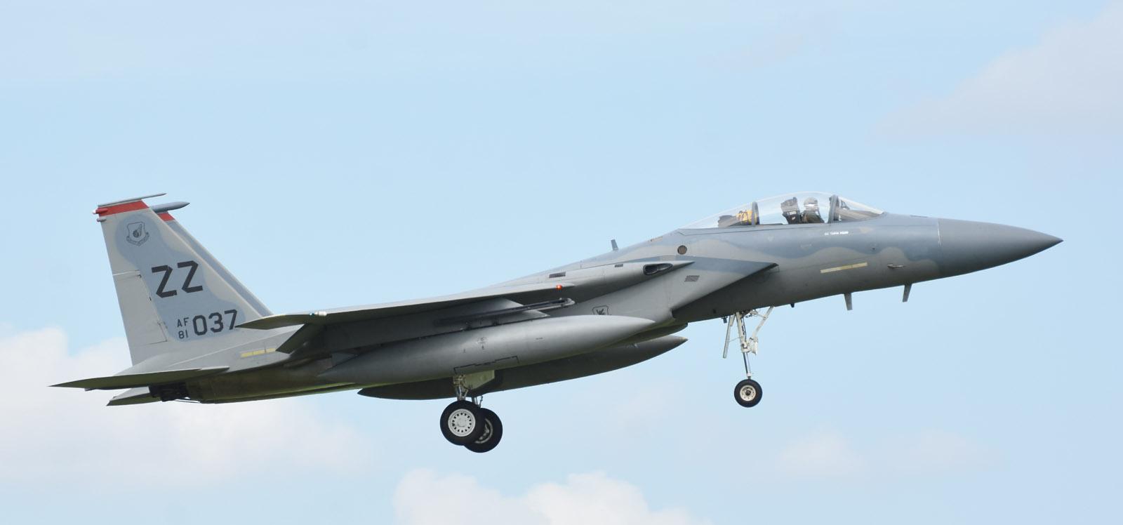 F15c180708g113
