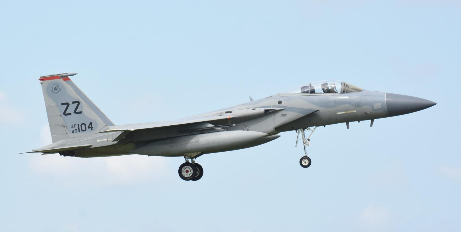 F15c180708g121