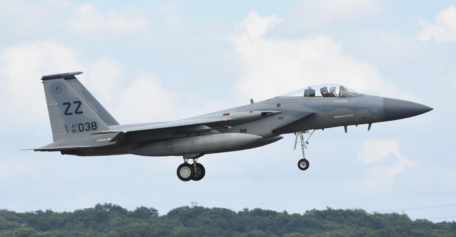 F15c180708g027