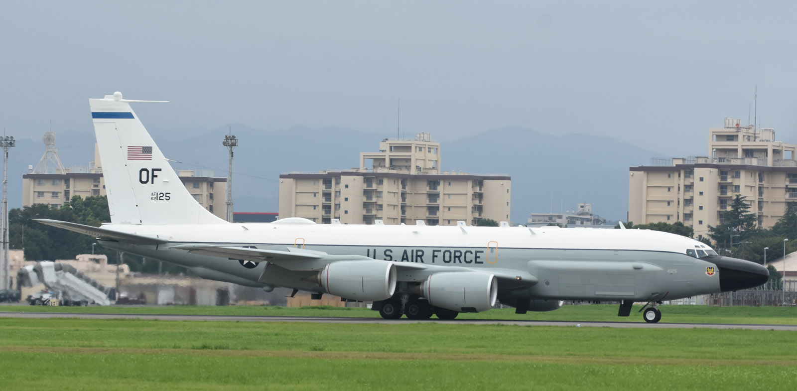 Rc135w180812g789