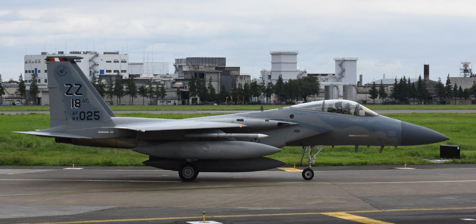F15c180911g116