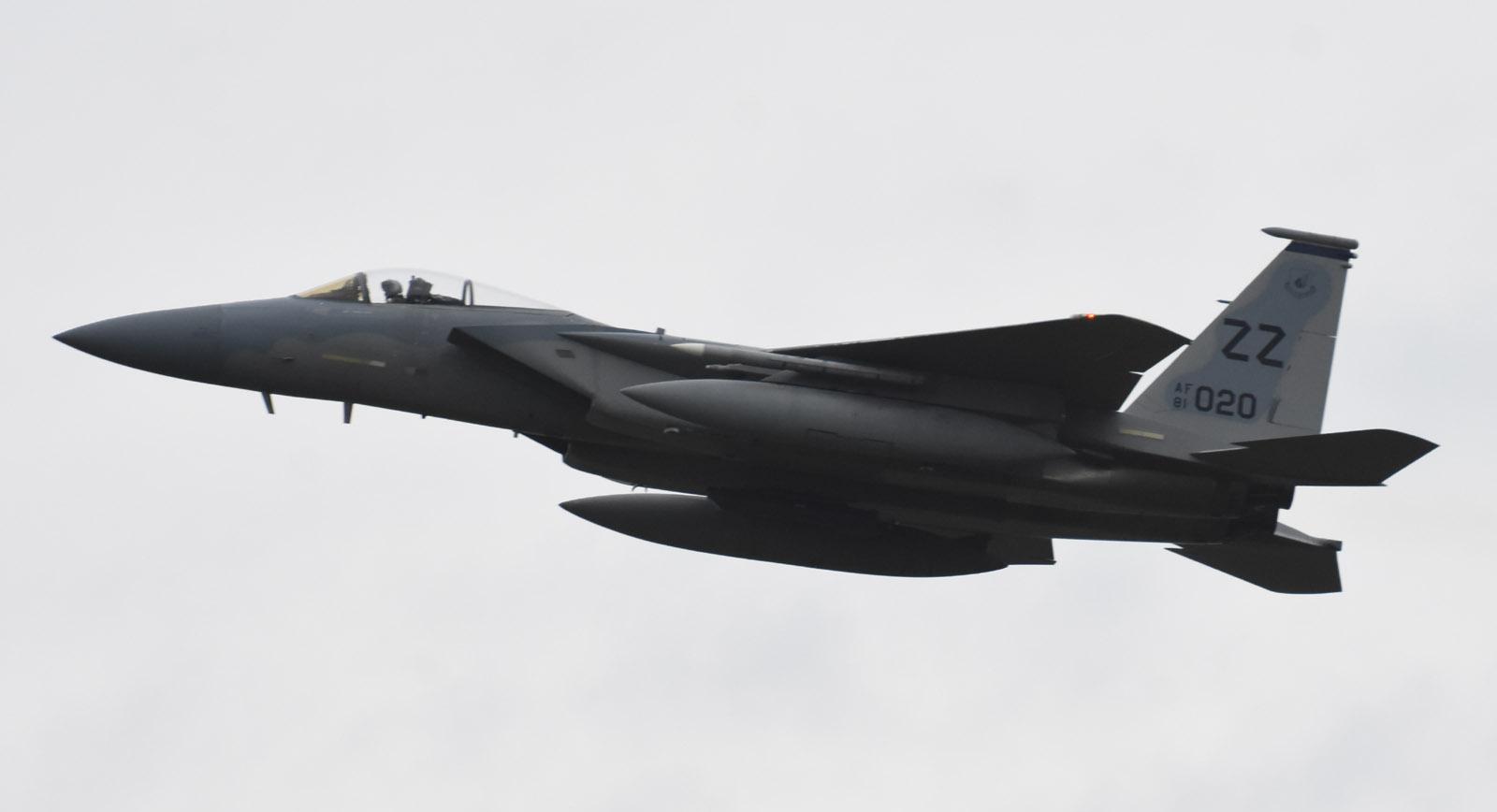 F15c180913g716
