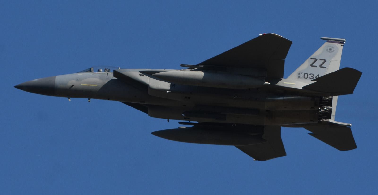 F15c181117g490