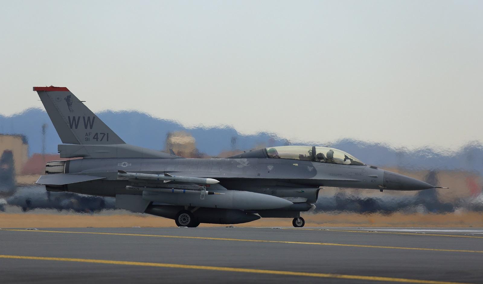F16dm190212tk807