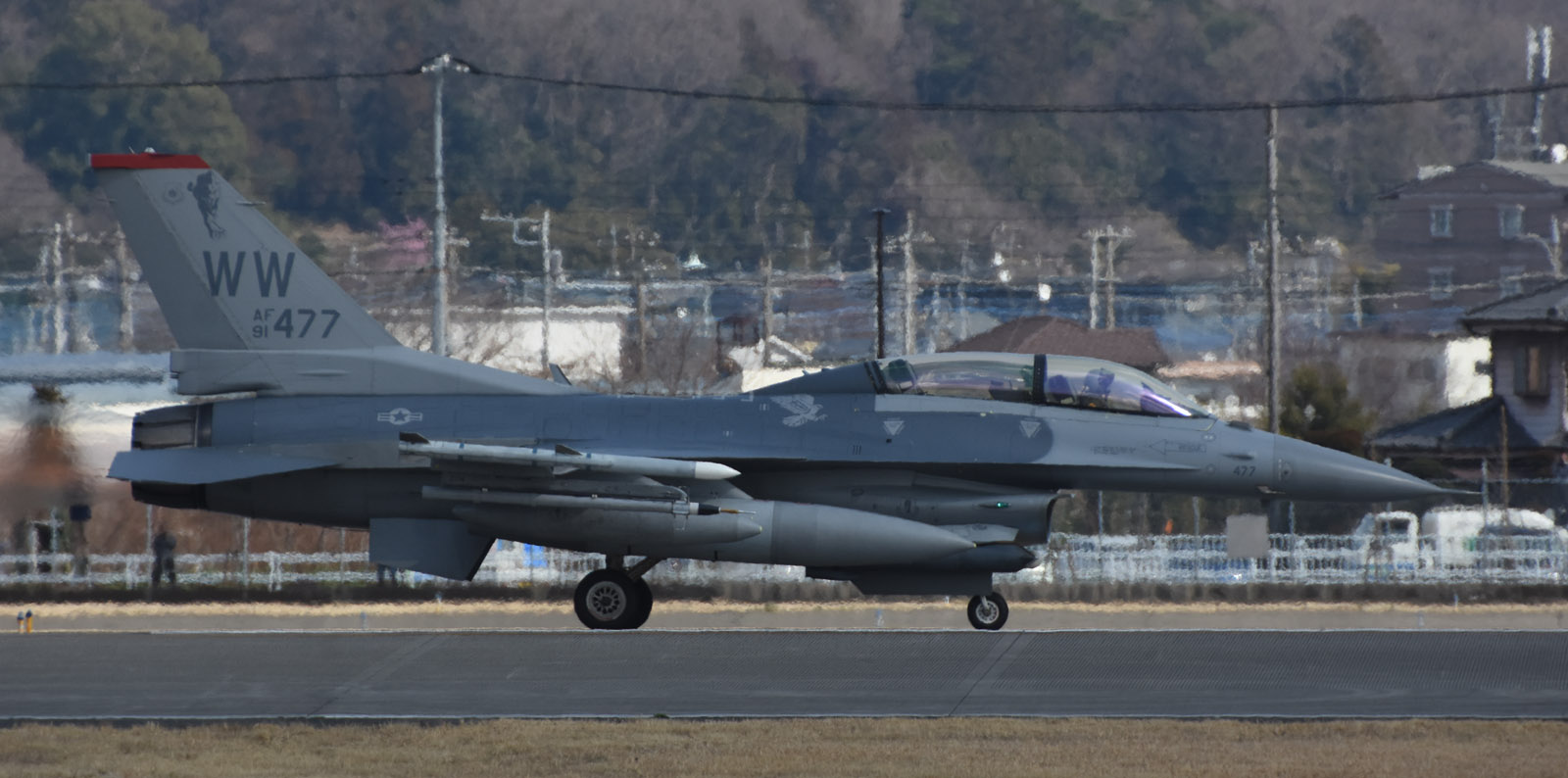 F16dm190312g039